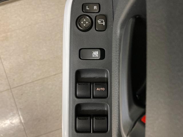 Gターボ 衝突軽減ブレーキ プッシュスタート 社外SDナビ ETC 右前席シートヒーター HIDヘッドライト オートライト 電動格納ミラー 純正フロアマット 純正ドアバイザー(26枚目)