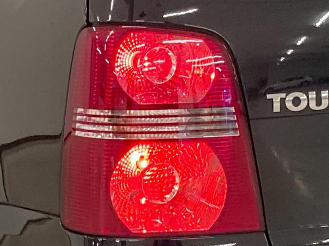 プライムエディション 社外ナビ ETC 純正16インチAW ルーフレール トノカバー HIDヘッドライト キーレスキー ウィンカーミラー リアコーナーセンサー 純正ゴムマット(21枚目)