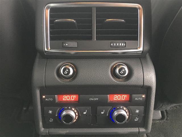 「アウディ」「アウディ Q7」「SUV・クロカン」「熊本県」の中古車8