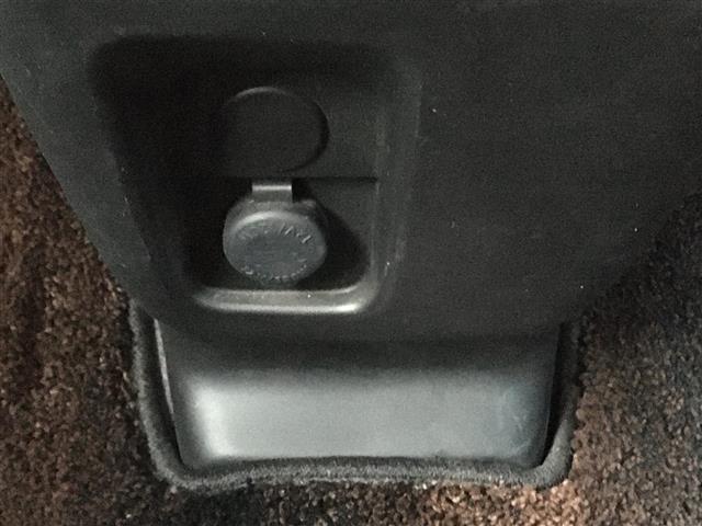 ハイブリッドXS 衝突軽減機能 純正8型ナビ バックカメラ ナビ連動ドライブレコーダー 両側パワースライドドア  ハーフレザーシート 革巻きステアリング 革巻きシフトノブ  LEDヘッドライト 保証書 取扱説明書(27枚目)