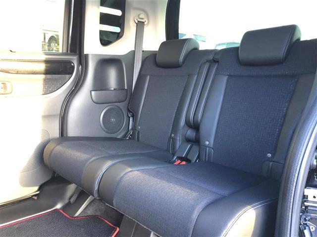 ●前席用i-サイドエアバッグシステム+サイドカーテンエアバッグシステム