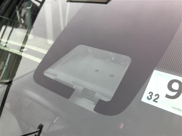 ZS/純正10型ナビ 純正後席モニター 両側電動 衝突軽減(3枚目)