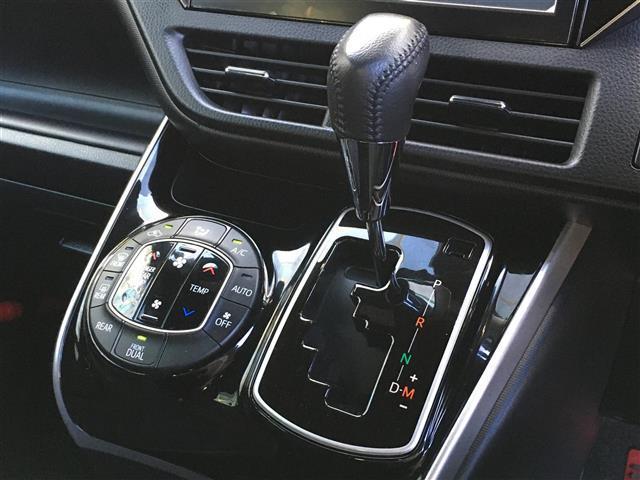 ZS 煌 車種専用カロッツェリア10インチナビ/フルセグ/DVD/Bluetooth 両側パワースライドドア トヨタセーフティセンス クルーズコントロール アイドリングストップ USBポート  スマートキー(10枚目)