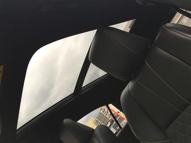 プレミアム ALPINE10インチナビ バックモニター サンルーフ トヨタセーフティセンス D席パワーシート アイドリングストップ 電動パーキングブレーキ ビルトインETC 電動リアゲート LEDヘッドライト(3枚目)