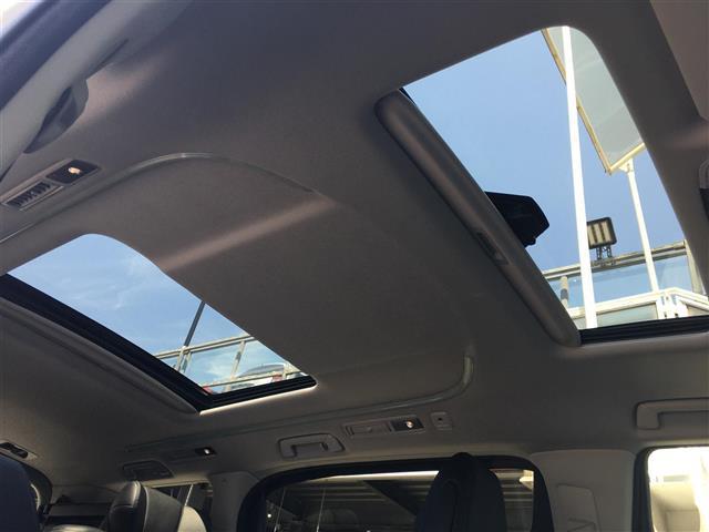 2.5S Cパッケージ 純正ディスプレイオーディオ バックモニター ツインムーンルーフ 両側電動スライドドア デジタルインナーミラー 電動リアゲート 3眼LEDヘッドライト シーケンシャルウィンカー トヨタセーフティセンス(4枚目)