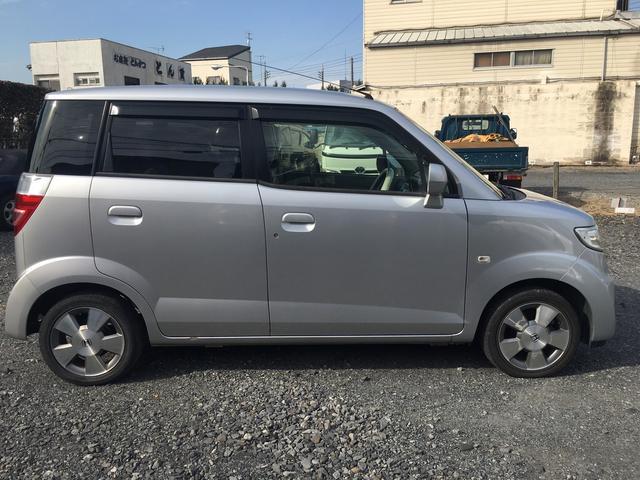 W キーレス CD ABS エアバッグ 鑑定車(4枚目)