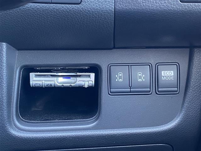 ハイウェイスター Vセレクション 純正メモリナビ CD/DVD/BT/SD/フルセグ バックカメラ 両側パワースライドドア クルーズコントロール スマートキー HIDヘッドライト フォグランプ 横滑り防止装置 ETC(5枚目)