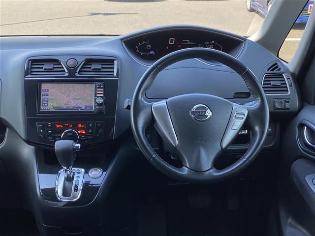 ハイウェイスター Vセレクション 純正メモリナビ CD/DVD/BT/SD/フルセグ バックカメラ 両側パワースライドドア クルーズコントロール スマートキー HIDヘッドライト フォグランプ 横滑り防止装置 ETC(7枚目)