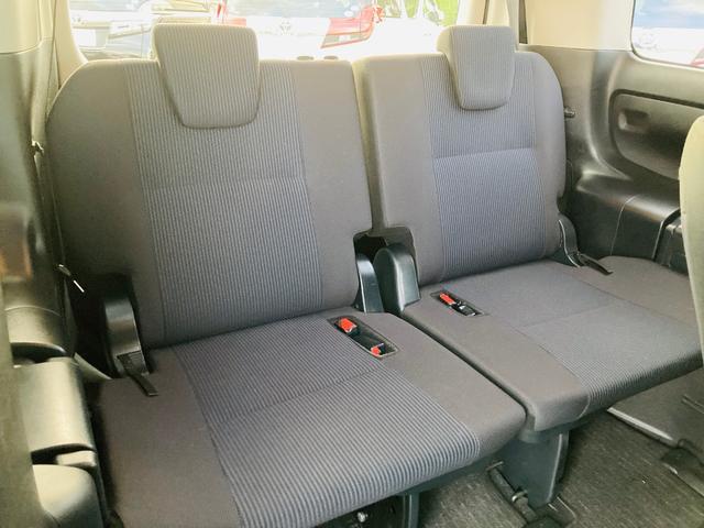ハイブリッドX トヨタセーフティセンス/純正ナビ/バックモニター/ETC/パワースライドドア/オートエアコン/電動格納ウィンカーミラー/プッシュスタート/スマートキー(15枚目)