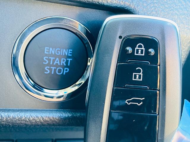TX 登録済未使用車/衝突軽減ブレーキ/クリアランスソナー/クルーズコントロール/ステアリングスイッチ/オートエアコン/LEDヘッドライト/電動格納ウィンカーミラー/プッシュスタート/スマートキー(12枚目)