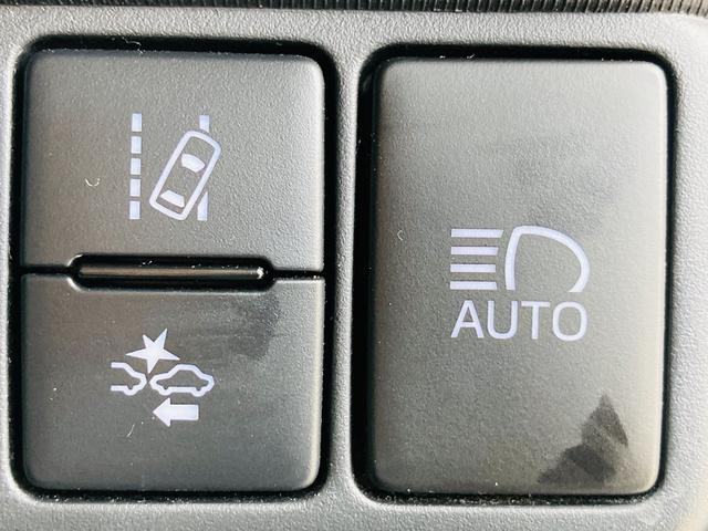 Sスタイルブラック SDナビ/ETC/バックカメラ/衝突軽減ブレーキ/横滑り防止装置/オートエアコン/ハロゲンヘッドライト/電動格納ウィンカーミラー/プッシュスタート/スマートキー(7枚目)