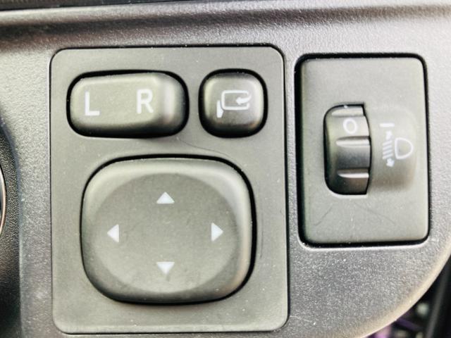 Sスタイルブラック SDナビ/ETC/バックカメラ/衝突軽減ブレーキ/横滑り防止装置/オートエアコン/ハロゲンヘッドライト/電動格納ウィンカーミラー/プッシュスタート/スマートキー(23枚目)