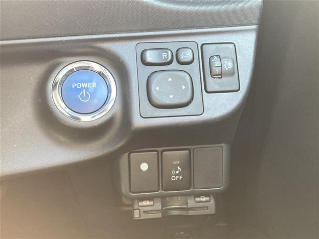 S 純正メモリナビ NSZT W62G CD DVD SD MSV BT フルセグ バックカメラ ETC PUSHスタート スマートキー ヘッドライトレベライザー 純正フロアマット ステアリングスイッチ(9枚目)