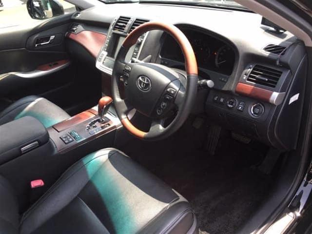 静かな車内でゆっくりドライブはいかがでしょうか?座り心地もいいですよ♪