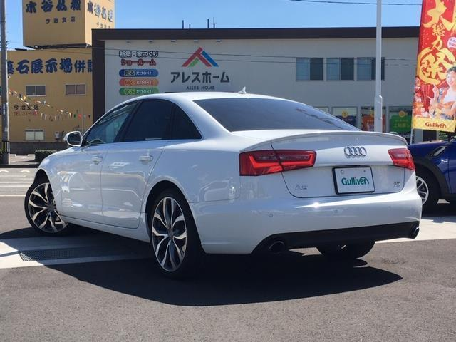 2.8 FSI クワトロ 4WD/SR/本革シート/BOSE(2枚目)
