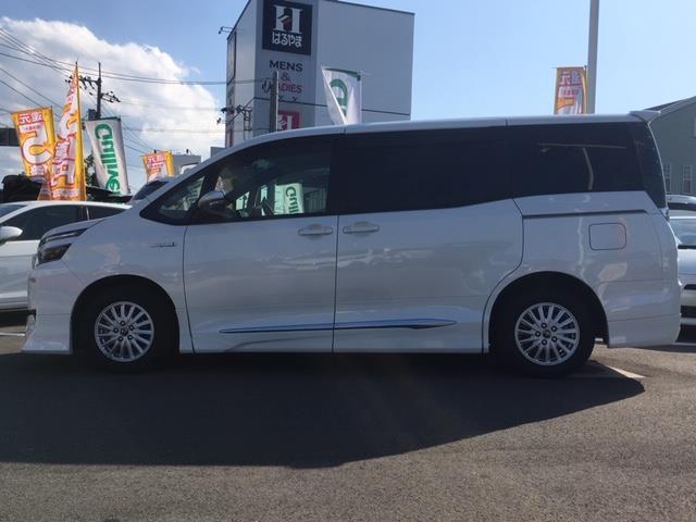 「トヨタ」「ヴォクシー」「ミニバン・ワンボックス」「愛媛県」の中古車6