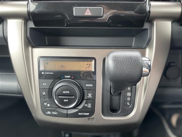 JスタイルII スマートキー プッシュスタート 純正メモリナビ CD DVD SD FM AM BT ステアリングスイッチ 前席シートヒーター アイドリングストップ ウインカーミラー(5枚目)