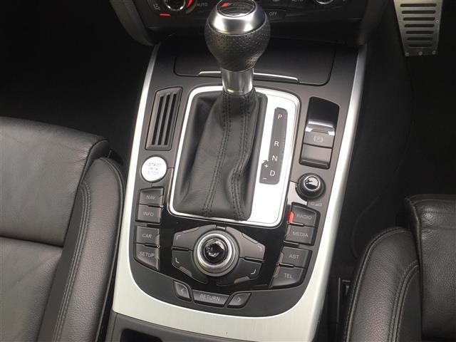 3.2FSIクワトロ 純正ナビ AM FM CD ETC コーナーセンサー プッシュスタート スマートキー スペアキー レザーシート メモリーシート シートヒーター クルーズコントロール MTモード付AT(12枚目)