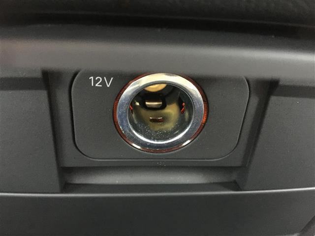 3.2FSIクワトロ 純正ナビ AM FM CD ETC コーナーセンサー プッシュスタート スマートキー スペアキー レザーシート メモリーシート シートヒーター クルーズコントロール MTモード付AT(19枚目)