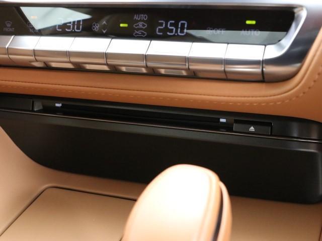 LC500 Sパッケージ サンルーフ ワンオーナー(12枚目)