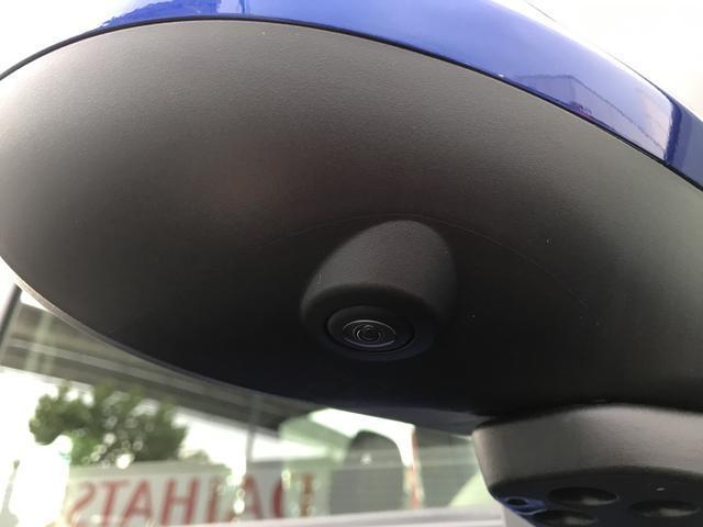パノラマモニター対応で前後左右にカメラがありナビを取り付けますと連動し縦列駐車もラクラク簡単!!