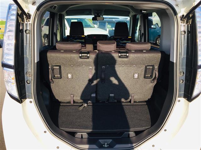 X S 衝突軽減ブレーキ 社外ナビ フルセグテレビ Bluetooth バックカメラ 後席用モニター コーナーセンサー LEDヘッドライト オートライト サンシェード スマートキー アイドリングストップ(14枚目)