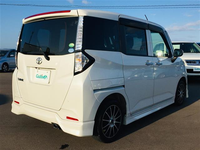 X S 衝突軽減ブレーキ 社外ナビ フルセグテレビ Bluetooth バックカメラ 後席用モニター コーナーセンサー LEDヘッドライト オートライト サンシェード スマートキー アイドリングストップ(18枚目)
