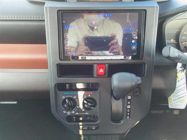 X S 衝突軽減ブレーキ 社外ナビ フルセグテレビ Bluetooth バックカメラ 後席用モニター コーナーセンサー LEDヘッドライト オートライト サンシェード スマートキー アイドリングストップ(23枚目)