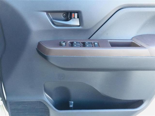 X S 衝突軽減ブレーキ 社外ナビ フルセグテレビ Bluetooth バックカメラ 後席用モニター コーナーセンサー LEDヘッドライト オートライト サンシェード スマートキー アイドリングストップ(28枚目)