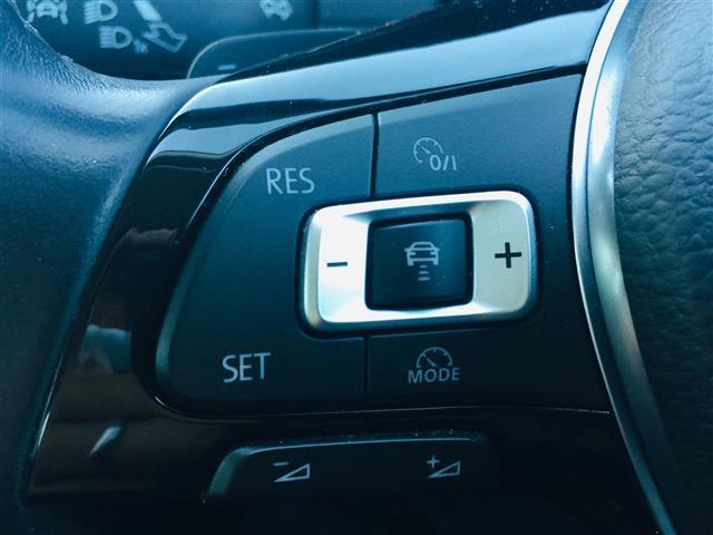 TSIコンフォートライン プリクラッシュブレーキ 純正ナビ Bluetooth バックカメラ レーダークルーズコントロール レーンチェンジアシスト パドルシフト コーナーセンサー LEDヘッドライト オートライト スマートキー(7枚目)