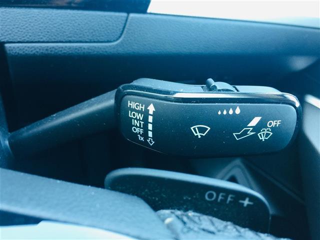 TSIコンフォートライン プリクラッシュブレーキ 純正ナビ Bluetooth バックカメラ レーダークルーズコントロール レーンチェンジアシスト パドルシフト コーナーセンサー LEDヘッドライト オートライト スマートキー(10枚目)