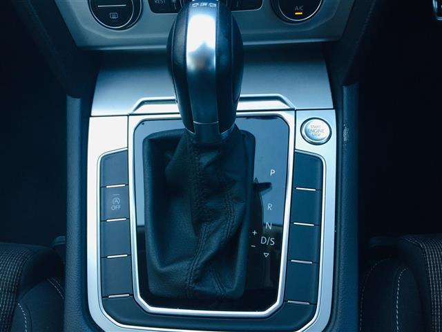 TSIコンフォートライン プリクラッシュブレーキ 純正ナビ Bluetooth バックカメラ レーダークルーズコントロール レーンチェンジアシスト パドルシフト コーナーセンサー LEDヘッドライト オートライト スマートキー(18枚目)