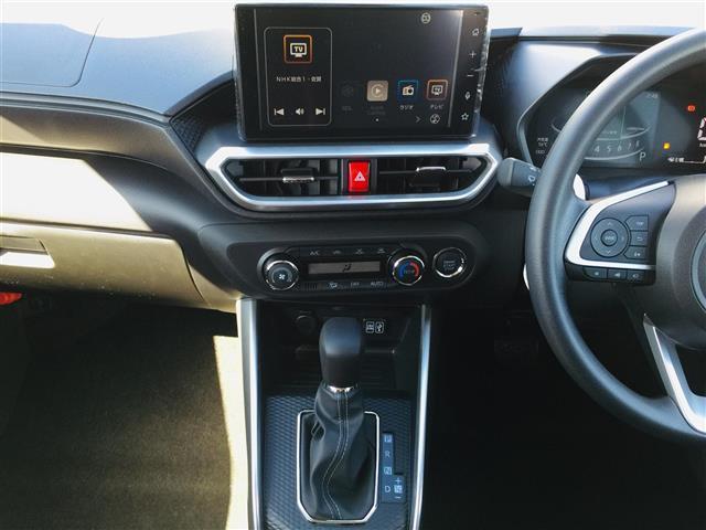 G 衝突軽減ブレーキ 全方位カメラ 純正液晶オーディオ フルセグテレビ シートヒーター LEDヘッドライト フォグライト コーナーセンサー 純正17インチアルミ スマートキー クルーズコントロール(13枚目)