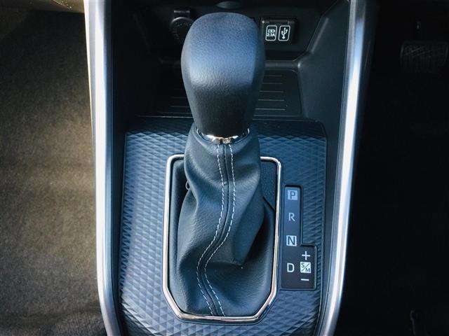 G 衝突軽減ブレーキ 全方位カメラ 純正液晶オーディオ フルセグテレビ シートヒーター LEDヘッドライト フォグライト コーナーセンサー 純正17インチアルミ スマートキー クルーズコントロール(17枚目)