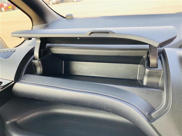 Si 衝突軽減ブレーキ 純正ナビ DVD フルセグテレビ Bluetooth バックカメラ 両側電動スライドドア 革調シートカバー オートハイビーム 純正16インチアルミホイール ETC 社外グリル(18枚目)