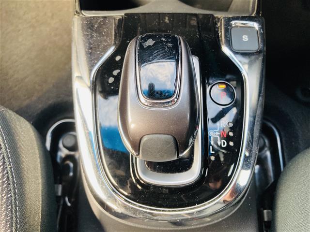 S ホンダセンシング 衝突軽減ブレーキ 誤発進抑制 純正ナビ テレビ Bluetooth バックカメラ アダプティブクルーズコントロール LEDヘッドライト パドルシフト アイドリングストップ エアロ  ETC(19枚目)