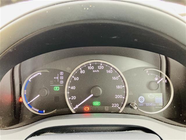 Lexus Safety System +/プリクラッシュセーフティ/レーントレーシングアシスト/レーンキーピングアシスト/レーンディパーチャーアラート/アダプティブハイビームシステム(7枚目)