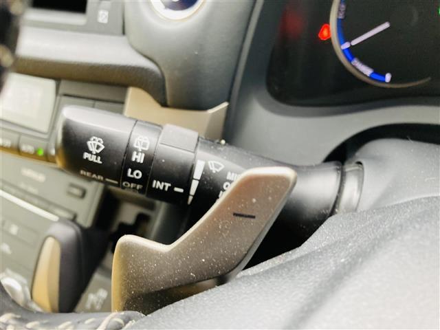 Lexus Safety System +/プリクラッシュセーフティ/レーントレーシングアシスト/レーンキーピングアシスト/レーンディパーチャーアラート/アダプティブハイビームシステム(11枚目)