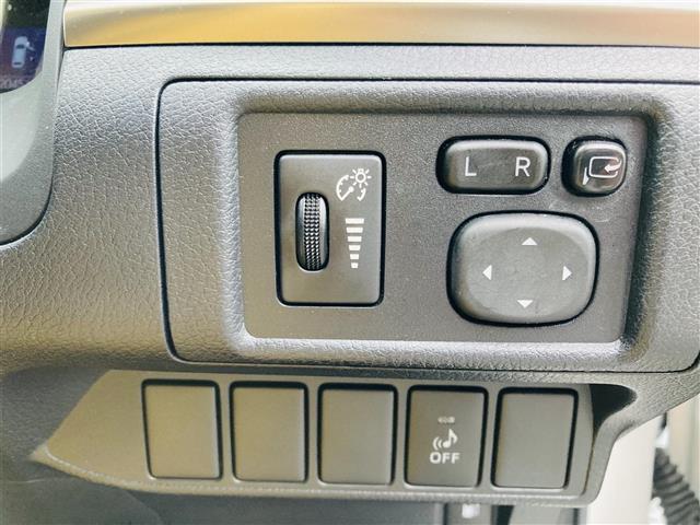 Lexus Safety System +/プリクラッシュセーフティ/レーントレーシングアシスト/レーンキーピングアシスト/レーンディパーチャーアラート/アダプティブハイビームシステム(13枚目)