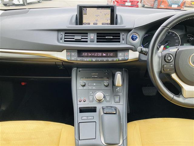 Lexus Safety System +/プリクラッシュセーフティ/レーントレーシングアシスト/レーンキーピングアシスト/レーンディパーチャーアラート/アダプティブハイビームシステム(15枚目)