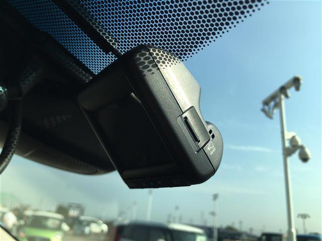 X・ホンダセンシング ホンダセンシング 純正メモリナビ クルーズコントロール バックカメラ ステアリングスイッチ スペアキー ETC DVD SD USB Bluetooth AUX フルセグTV(15枚目)
