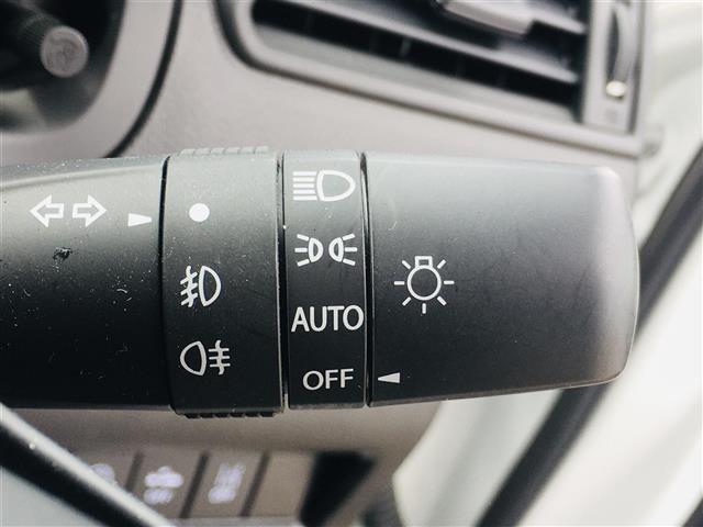 ハイブリッドRS 純正SDナビ 全方位カメラ DVD CD USB BT フルセグ セーフティパッケージ LEDオートライト ドライブレコーダー 前後シートヒーター スマートキー コーナーセンサー パトルシフト(13枚目)