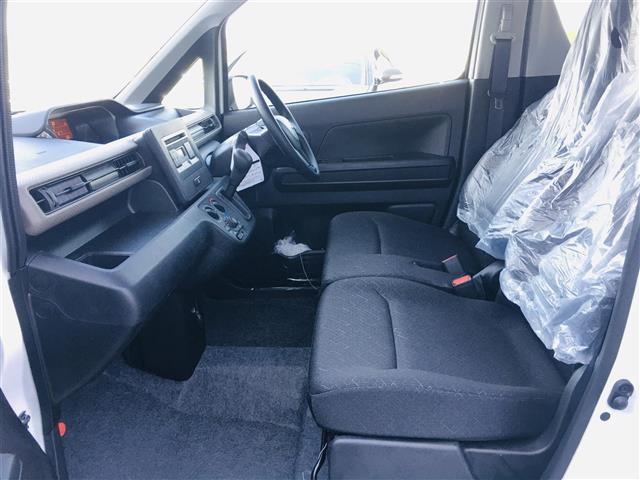 FA 衝突軽減 コーナーセンサー CDオーディオ AUX ヘッドライトレベライザー リモコンキー 横滑り防止(13枚目)