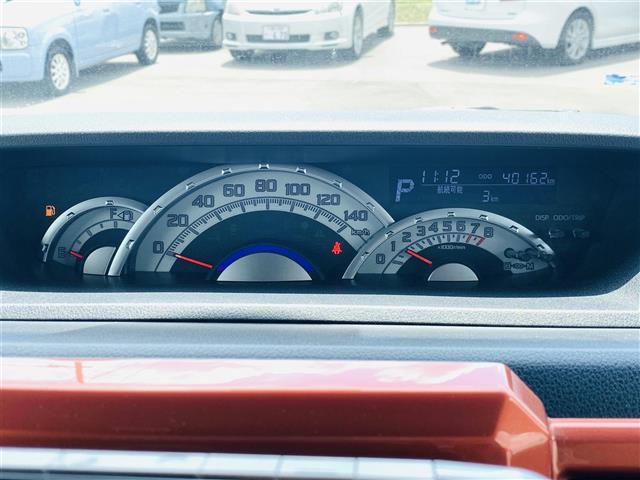 Gターボ SAII スマアシ2 衝突警報機能 車線逸脱警報機能 前後誤発進抑制機能 先行車発進お知らせ機能 社外SDナビ フルセグ Bカメラ 両側パワースラドア ETC LEDライト スマートキー レザー調シートカバー(5枚目)