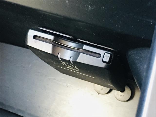 G・Lパッケージ 純正7型ナビ ワンセグテレビ DVD バックカメラ 左電動スライドドア スマートキー プッシュスタート オートライト HIDヘッドライト 純正14インチアルミホイール ベッドモード スロープモード(17枚目)