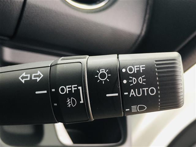 L 純正7インチナビ フルセグテレビ/DVD/Bluetooth バックカメラ 衝突軽減ブレーキ アダプティブクルースコントロール 先行車発進お知らせ 標識認識機能 片側パワースライド シートヒーター(11枚目)
