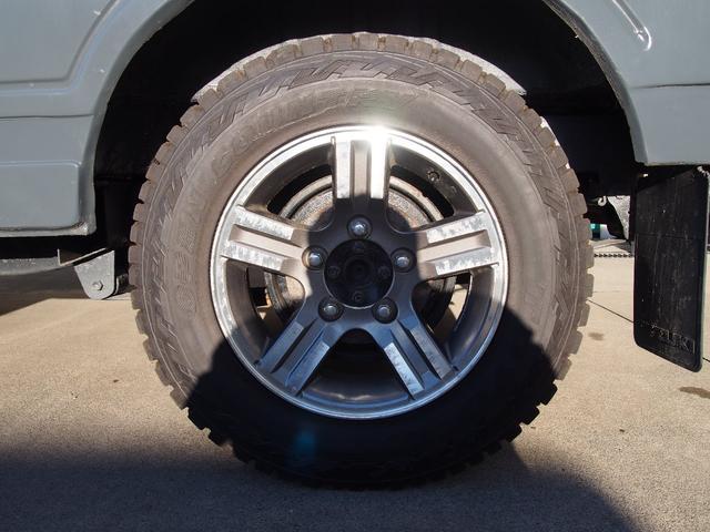 タイヤはTOYOオープンカントリーRTの185です