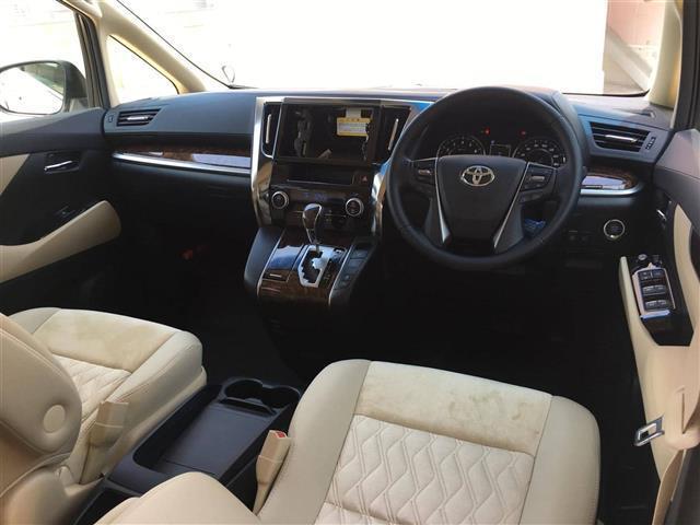X トヨタセーフティセンス コーナーセンサ 両側電動ドア(2枚目)
