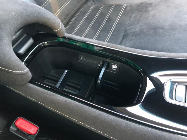 「ホンダ」「ヴェゼル」「SUV・クロカン」「広島県」の中古車64
