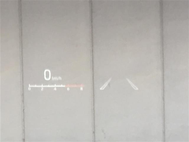 ハイブリッドZ 登録済未使用車 8型ディスプレイオーディオ(8枚目)